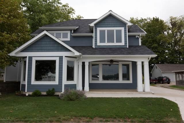 739 Lake Drive, Coldwater, MI 49036 (MLS #18055580) :: Deb Stevenson Group - Greenridge Realty