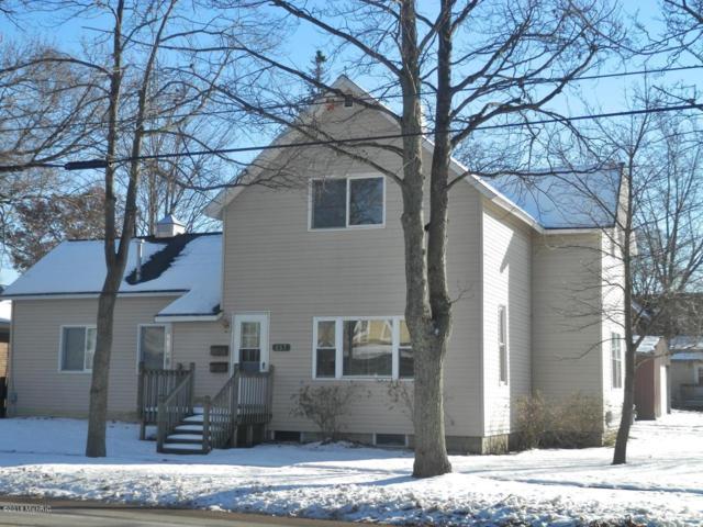 257 Second Avenue, Manistee, MI 49660 (MLS #18055582) :: Deb Stevenson Group - Greenridge Realty