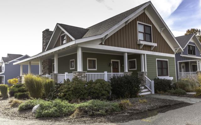 310 Spruce Street, South Haven, MI 49090 (MLS #18055854) :: Deb Stevenson Group - Greenridge Realty