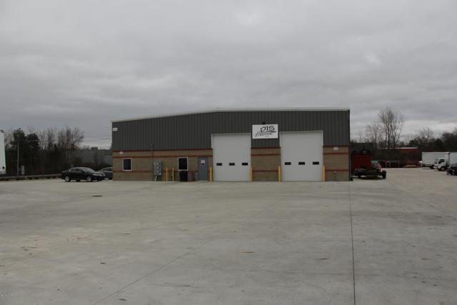 3636 E Paris Avenue SE, Grand Rapids, MI 49512 (MLS #18055873) :: Deb Stevenson Group - Greenridge Realty