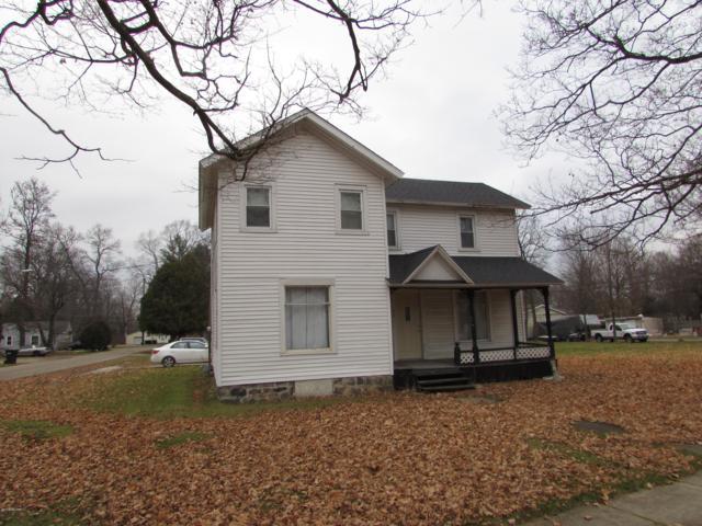 66 W Beckwith Drive, Galesburg, MI 49053 (MLS #18055959) :: Deb Stevenson Group - Greenridge Realty