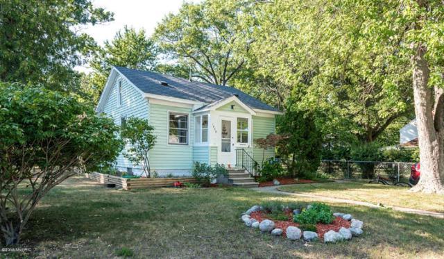 1826 Moulton Avenue, North Muskegon, MI 49445 (MLS #18056008) :: Matt Mulder Home Selling Team