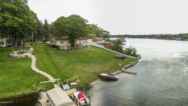 16045 Harbor View Drive, Spring Lake, MI 49456 (MLS #18056015) :: Deb Stevenson Group - Greenridge Realty