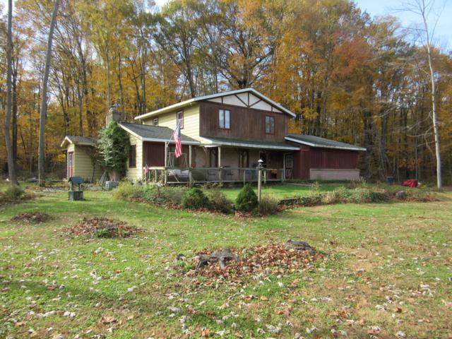 2198 Trillium Lane NW, Grand Rapids, MI 49534 (MLS #18056170) :: Matt Mulder Home Selling Team