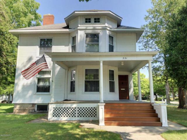 331 S Warren Avenue, Big Rapids, MI 49307 (MLS #18056212) :: Deb Stevenson Group - Greenridge Realty