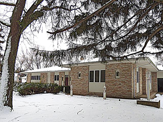 2585 Lake Bluff Terrace, St. Joseph, MI 49085 (MLS #18056637) :: CENTURY 21 C. Howard