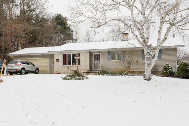 1095 Howard Street, Otsego, MI 49078 (MLS #18056817) :: Matt Mulder Home Selling Team
