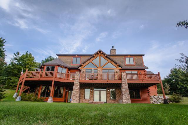 1442 N Wilson Road, Mears, MI 49436 (MLS #18057129) :: Matt Mulder Home Selling Team