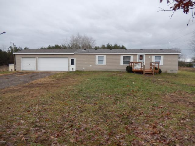 380 S Bossett Road, Ravenna, MI 49451 (MLS #18057150) :: Deb Stevenson Group - Greenridge Realty