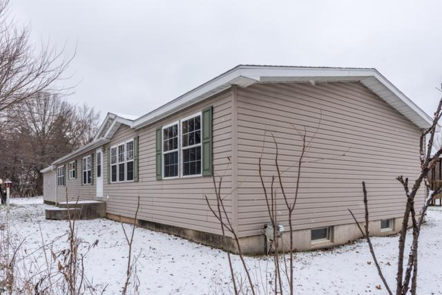 9735 84th Street SE, Alto, MI 49302 (MLS #18057369) :: Deb Stevenson Group - Greenridge Realty