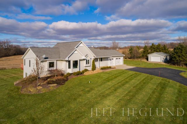 9669 76th Street SE, Alto, MI 49302 (MLS #18057597) :: JH Realty Partners