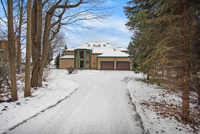 3225 Memorial Drive, Muskegon, MI 49445 (MLS #18057660) :: Matt Mulder Home Selling Team