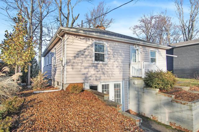 31524 Maple Island Road, Dowagiac, MI 49047 (MLS #18057992) :: Matt Mulder Home Selling Team