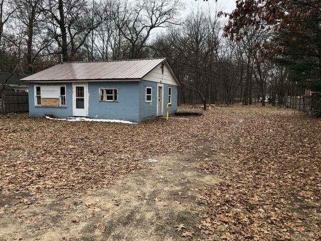 5134 Hall Road, Muskegon, MI 49442 (MLS #18058146) :: Matt Mulder Home Selling Team