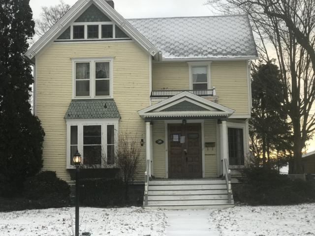 28 Garrison, Battle Creek, MI 49017 (MLS #18058280) :: Matt Mulder Home Selling Team