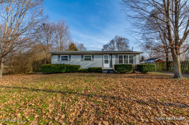 10542 N 12th Street, Plainwell, MI 49080 (MLS #18058301) :: Matt Mulder Home Selling Team