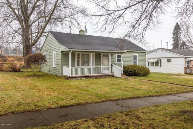 320 East Drive, Marshall, MI 49068 (MLS #18058489) :: CENTURY 21 C. Howard