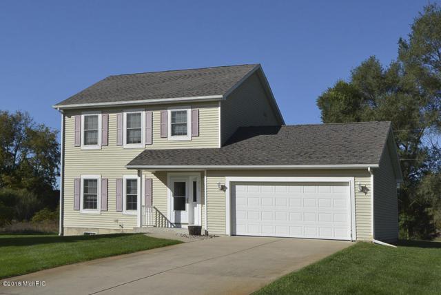 2105 Westfield Lane, Otsego, MI 49078 (MLS #18058517) :: Matt Mulder Home Selling Team