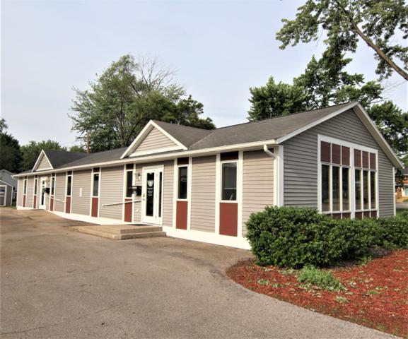 895 Oak Ridge Road, Muskegon, MI 49441 (MLS #18058614) :: CENTURY 21 C. Howard
