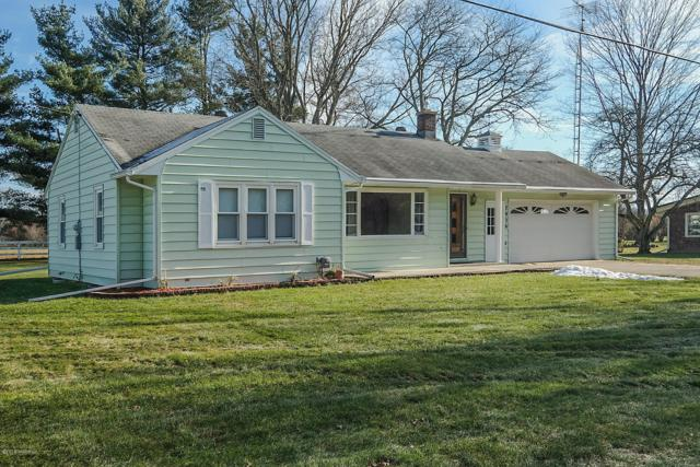 7936 N 40th Street, Augusta, MI 49012 (MLS #18058622) :: Matt Mulder Home Selling Team