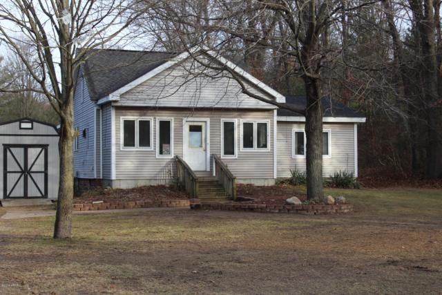13417 State Road, Nunica, MI 49448 (MLS #18058685) :: Matt Mulder Home Selling Team