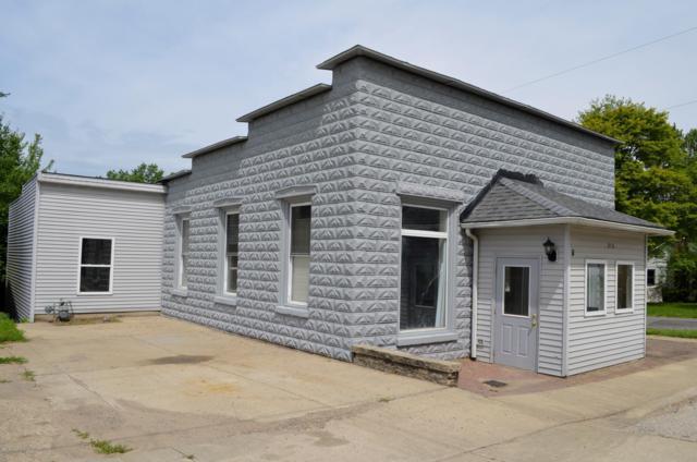 210 N Van Buren Street, Bloomingdale, MI 49026 (MLS #18058850) :: Deb Stevenson Group - Greenridge Realty