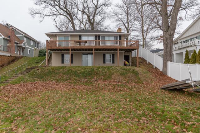 11438 White Oak Drive, Shelbyville, MI 49344 (MLS #18059031) :: Matt Mulder Home Selling Team