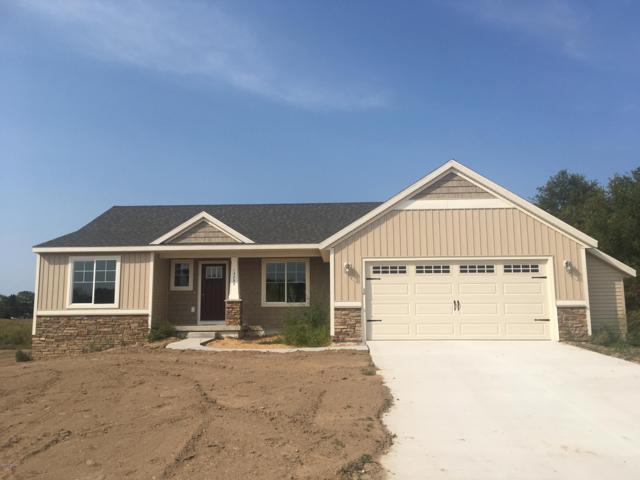 16 Browning Drive, Shelbyville, MI 49344 (MLS #18059142) :: Matt Mulder Home Selling Team