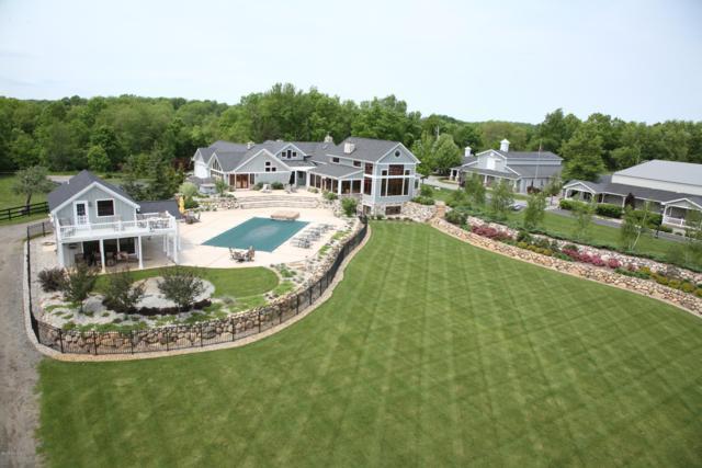 10392 N 44th Street, Augusta, MI 49012 (MLS #18059475) :: Matt Mulder Home Selling Team