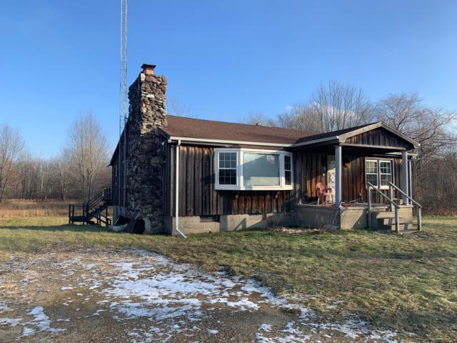 29441 M 140, Covert, MI 49043 (MLS #19000013) :: JH Realty Partners