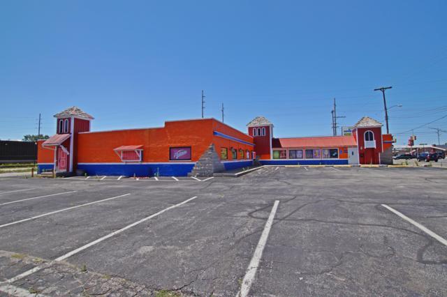 785 W Broadway Avenue, Norton Shores, MI 49441 (MLS #19000144) :: Keller Williams Realty   Kalamazoo Market Center