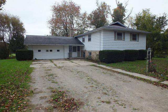 4390 W Hickory Road, Hickory Corners, MI 49060 (MLS #19000301) :: CENTURY 21 C. Howard