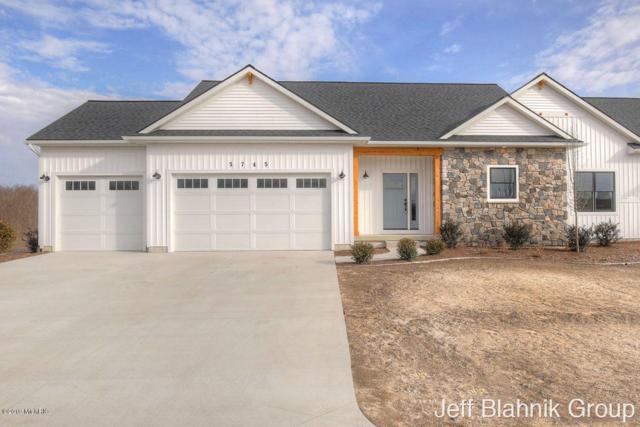 3745 Jason Ridge Lane SW #26, Walker, MI 49534 (MLS #19000529) :: Matt Mulder Home Selling Team