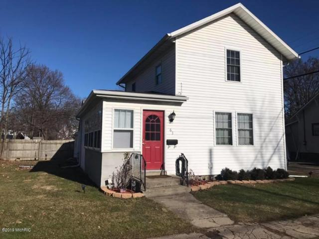 63 E Sharp Street, Hillsdale, MI 49242 (MLS #19000576) :: Deb Stevenson Group - Greenridge Realty