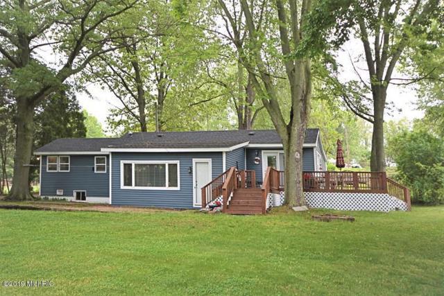 57935 Stoldt Road, Three Rivers, MI 49093 (MLS #19000604) :: Matt Mulder Home Selling Team