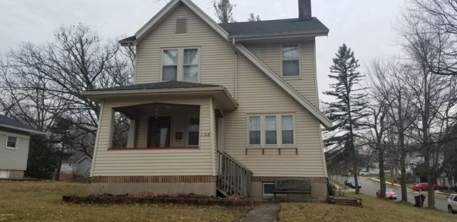138 E Lincoln Avenue, Ionia, MI 48846 (MLS #19000732) :: Matt Mulder Home Selling Team