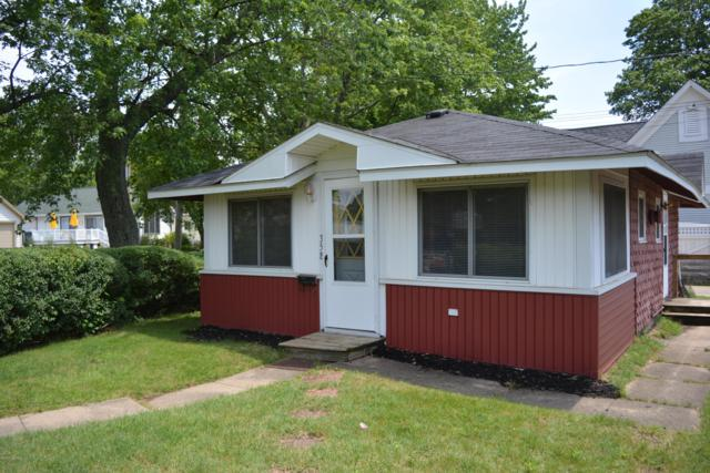 354 North Shore Drive, South Haven, MI 49090 (MLS #19000768) :: Matt Mulder Home Selling Team