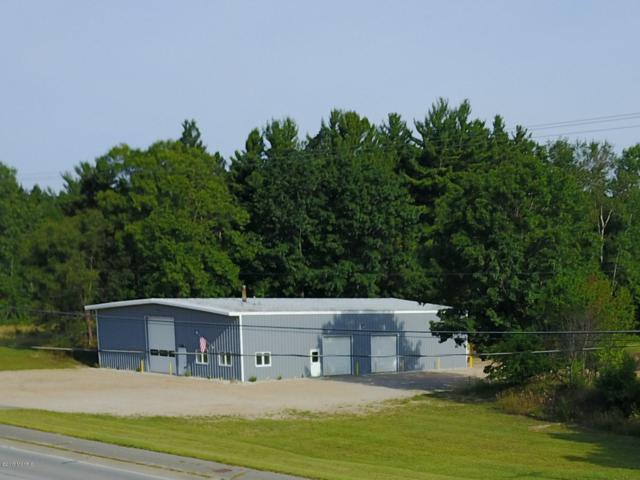 1868 W Us-10 Highway, Scottville, MI 49454 (MLS #19000774) :: Deb Stevenson Group - Greenridge Realty