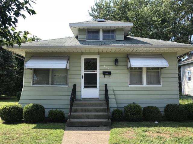 694 Mcallister Avenue, Benton Harbor, MI 49022 (MLS #19000802) :: Deb Stevenson Group - Greenridge Realty