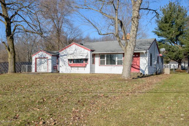 808 W Michigan Avenue, Augusta, MI 49012 (MLS #19000883) :: Matt Mulder Home Selling Team
