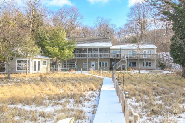 13675 Lakeshore Drive Drive, Grand Haven, MI 49417 (MLS #19000979) :: Matt Mulder Home Selling Team