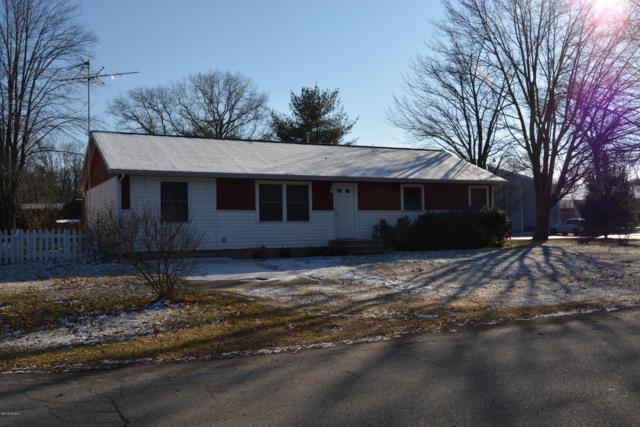 923 W Merchant Street, New Buffalo, MI 49117 (MLS #19001021) :: Matt Mulder Home Selling Team