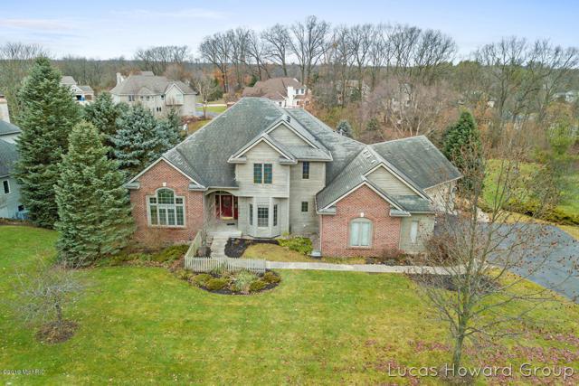 7919 Ashwood Drive SE, Ada, MI 49301 (MLS #19001116) :: Matt Mulder Home Selling Team