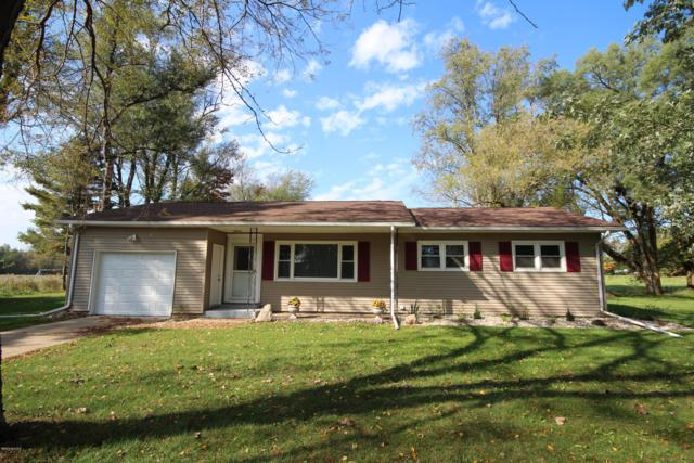 53066 Flatbush Road, Marcellus, MI 49067 (MLS #19001140) :: Matt Mulder Home Selling Team