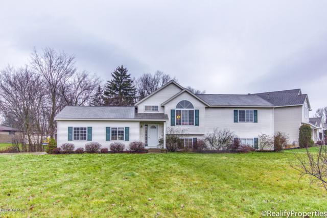 3965 Avery Drive NW, Walker, MI 49534 (MLS #19001145) :: Matt Mulder Home Selling Team