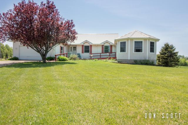 1336 W 120th Street, Grant, MI 49327 (MLS #19001232) :: Matt Mulder Home Selling Team