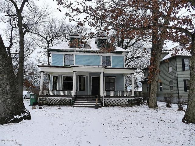 596 Colfax Avenue, Benton Harbor, MI 49022 (MLS #19001489) :: Deb Stevenson Group - Greenridge Realty