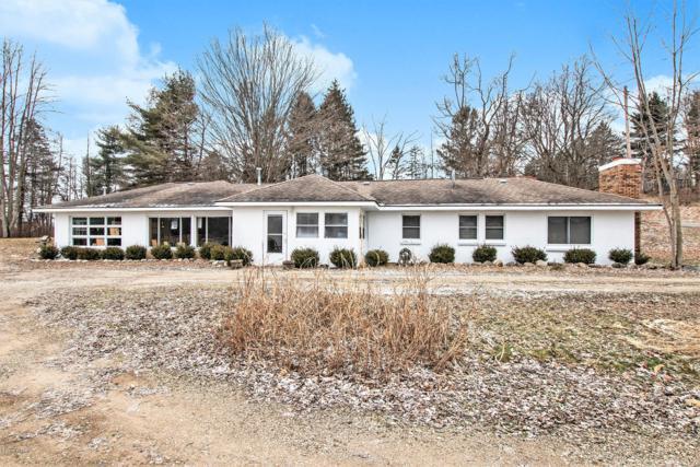 4552 Baseline Road, Bellevue, MI 49021 (MLS #19001555) :: Matt Mulder Home Selling Team