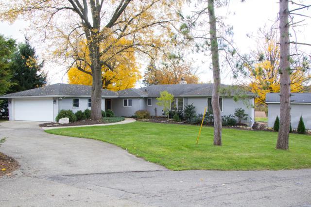 7240 Cascade Road SE, Grand Rapids, MI 49546 (MLS #19001619) :: JH Realty Partners