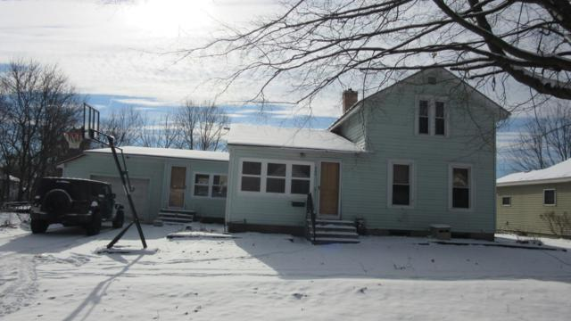 460 Grove Street, Constantine, MI 49042 (MLS #19001698) :: Matt Mulder Home Selling Team